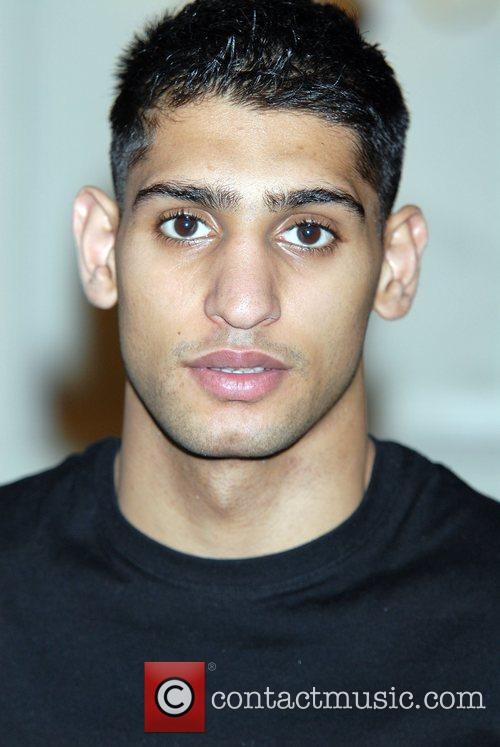 Commonwealth Lightweight champion Amir Khan discusses his upcoming...
