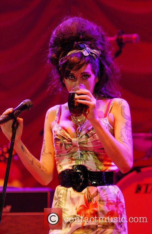 Amy Winehouse 17