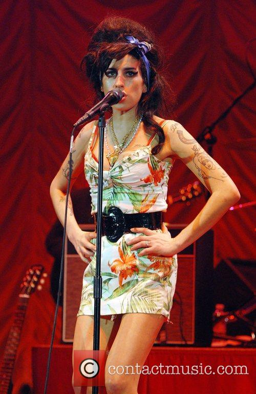Amy Winehouse 32