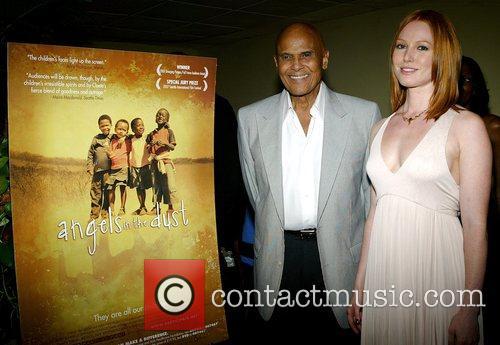 Harry Belafonte and Alicia Witt 5