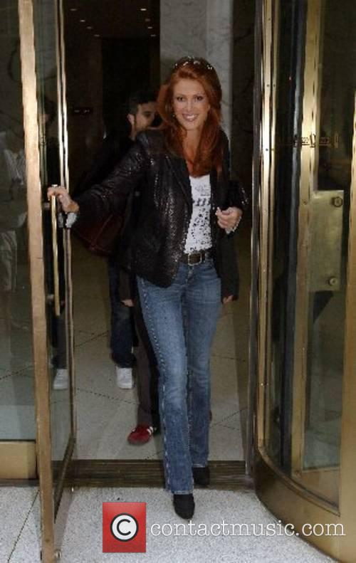 Angie Everhart 2