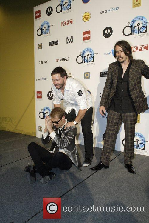 Chris Jouannou and Daniel Johns 4