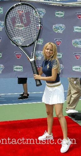 Kat Deluna and Billie Jean King 8