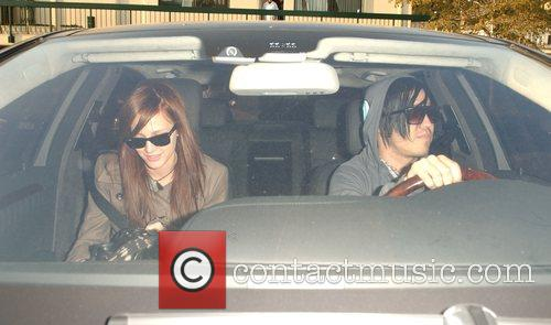 Ashlee Simpson and Pete Wentz 6