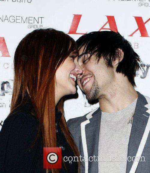 Ashlee Simpson and Pete Wenz 4