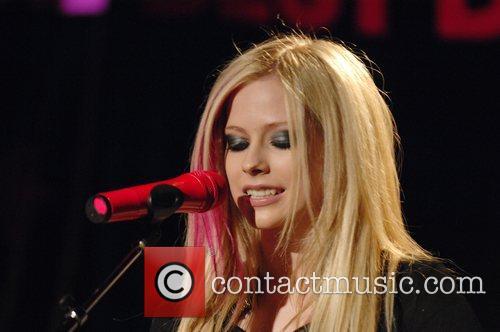 Avril Lavigne 24