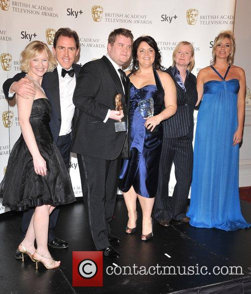 Rob Brydon, Joanna Page, Tamsin Outhwaite, James Corden and Ruth Jones With The Sky+ Audience Award For The Programme 2
