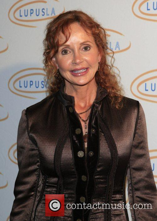 Jackie Zeman Hollywood Bag Ladies Lupus Luncheon benefit...