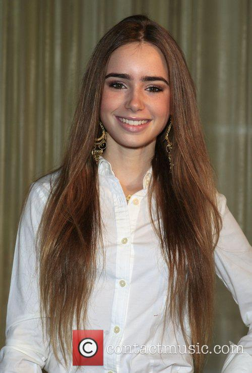 Lilly Collins Hollywood Bag Ladies Lupus Luncheon benefit...