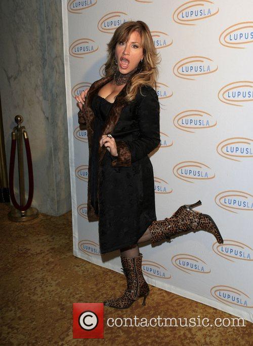 Lisa Ann Walter Hollywood Bag Ladies Lupus Luncheon...