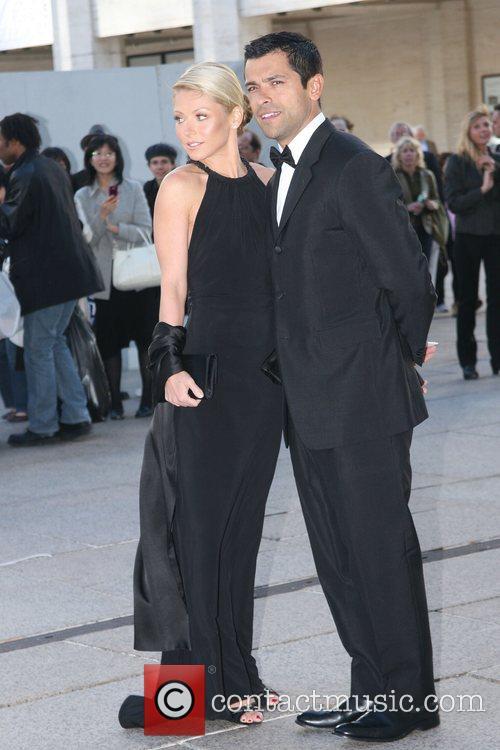 Mark Consuelos and Kelly Ripa 5