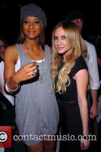 Ciara and Ashlee Simpson 2