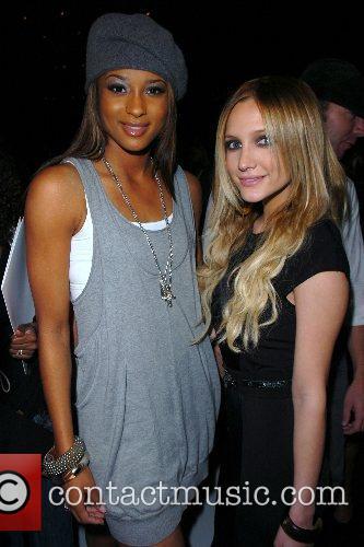 Ciara and Ashlee Simpson 1