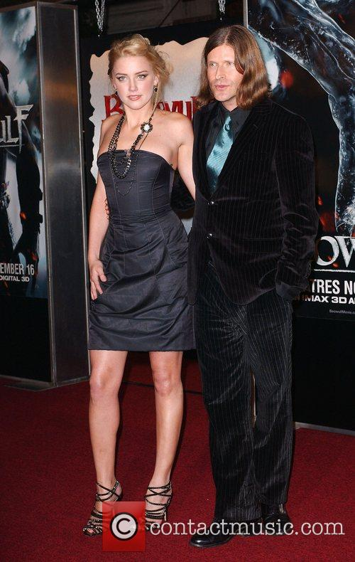 Amber Heard and Crispin Glover 7