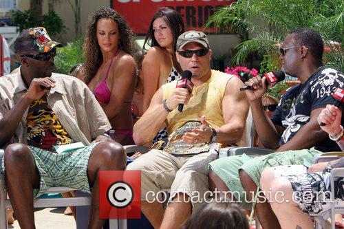 John Salley, Randy Couture, Rodney Peete filming 'The...