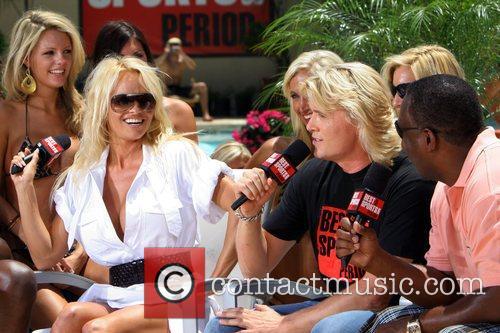 Pamela Anderson 4