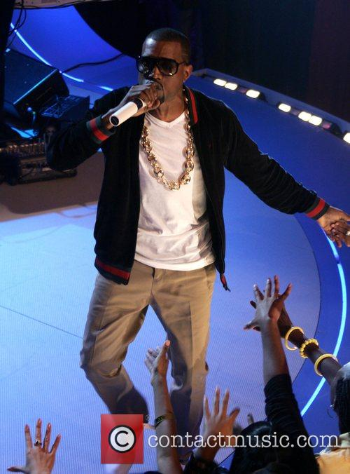 Kanye West performing on BET 106 and Park...
