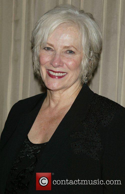 Betty Buckley Net Worth