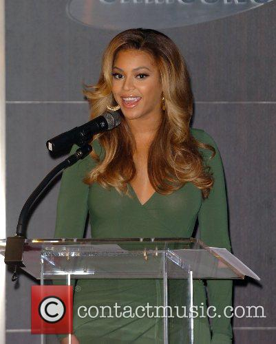Beyonce Knowles and Samsung announce the launch of the new ' B 'Phone ' 14