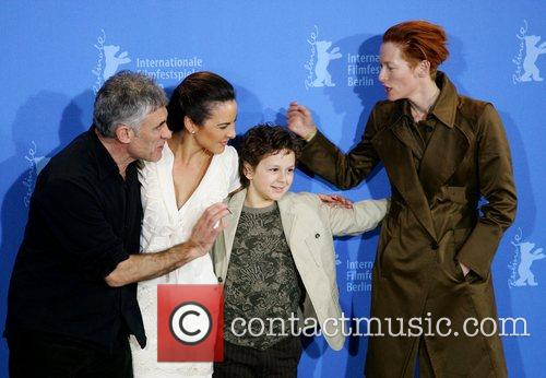 Erick Zonca, Kate Del Castillo, Aidan Gould and Tilda Swinton 7