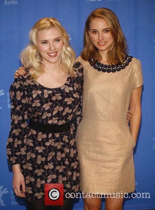 Scarlett Johansson and Natalie Portman 1