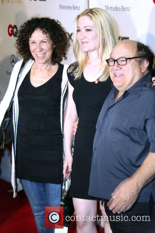 Rhea Pearlman and Danny Devito 3