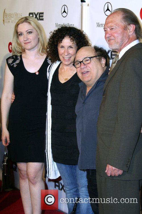 Rhea Pearlman and Danny Devito 4