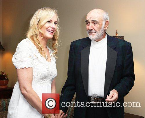 Daryl Hannah and Sean Connery 11