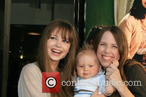 Daveigh Chase, her mother and her brother Cade...