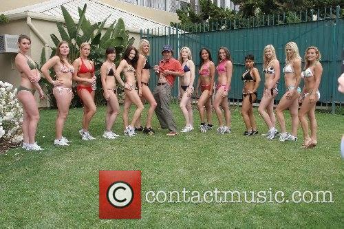 Bikini Girls and Poorman Bikini Beach Mile Workout...