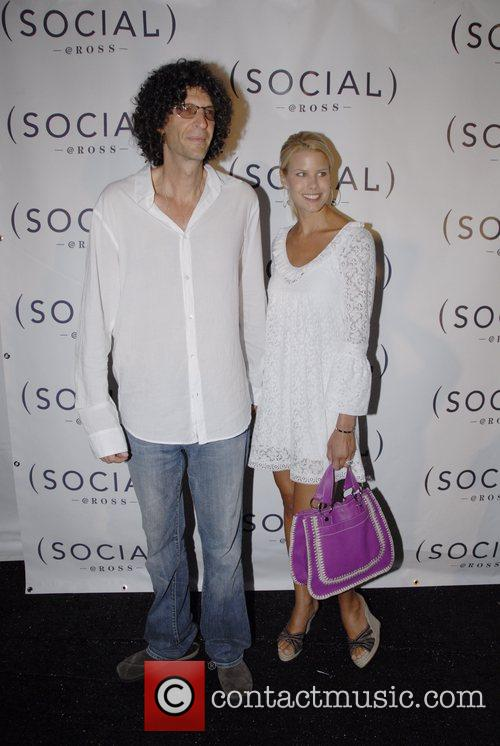 Howard Stern and Beth Ostrosky Arriving At The Hampton Social At The Ross School 1