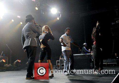 will.i.am, Fergie, apl.de.ap and Taboo The Black Eyes...