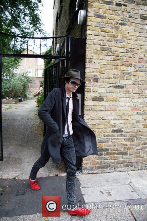 Blake Fielder-Civil leaving his house