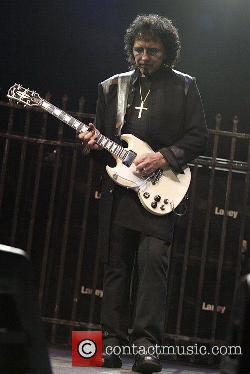 Black Sabbath 19