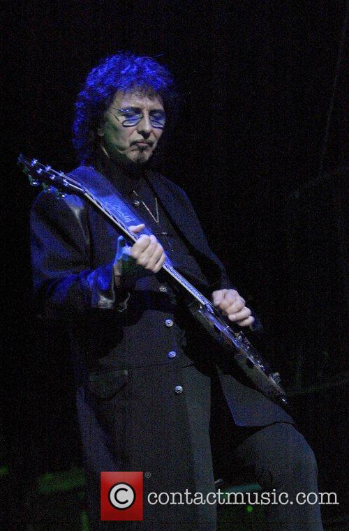Black Sabbath 16