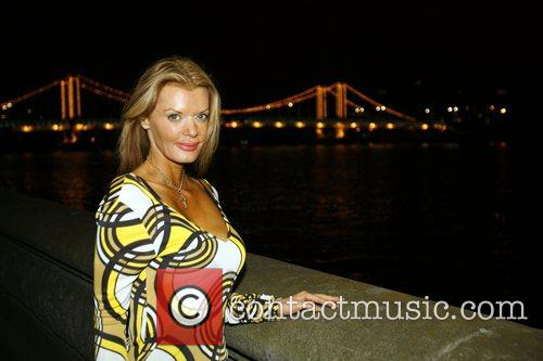 Rissy Mitchell Blade Run Power Boat race from...