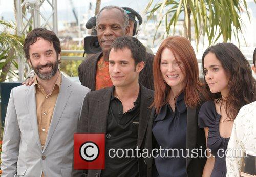 Guest, Danny Glover, Gael Garcia Bernal and Julianne Moore 2