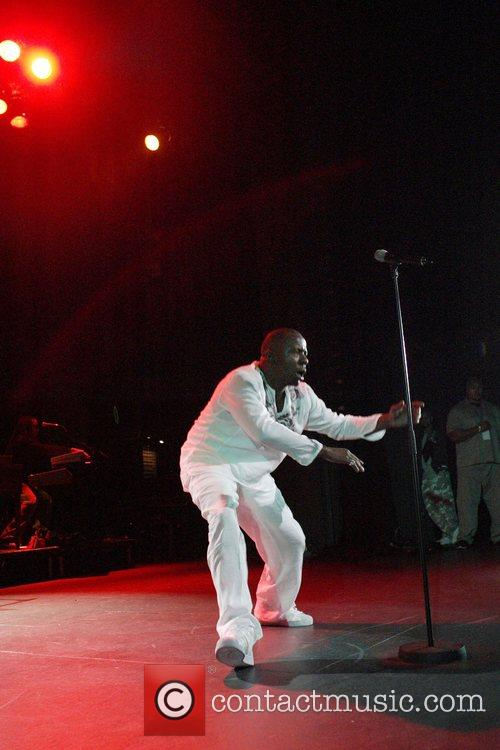 Bobby Brown 9
