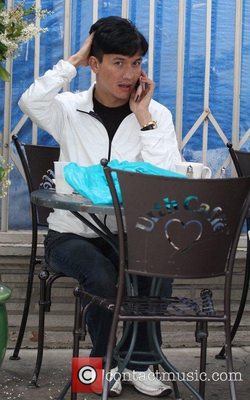 Bobby Trendy enjoying tea at the Urth Cafe...