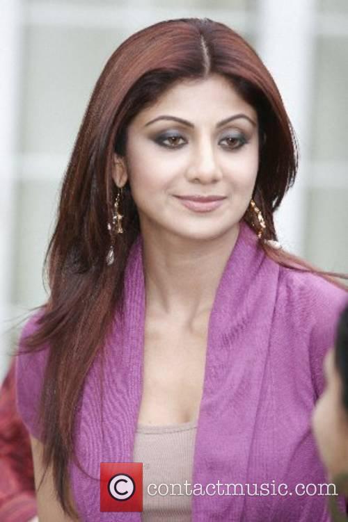 Bollywood stars visit the Thiaray family and had...