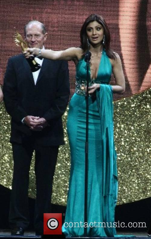 Shilpa Shetty is given the Yorkshire award by...