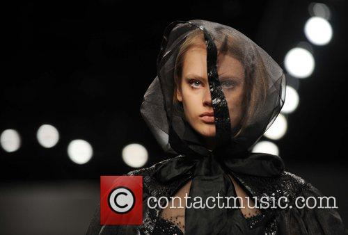 Model and London Fashion Week 6