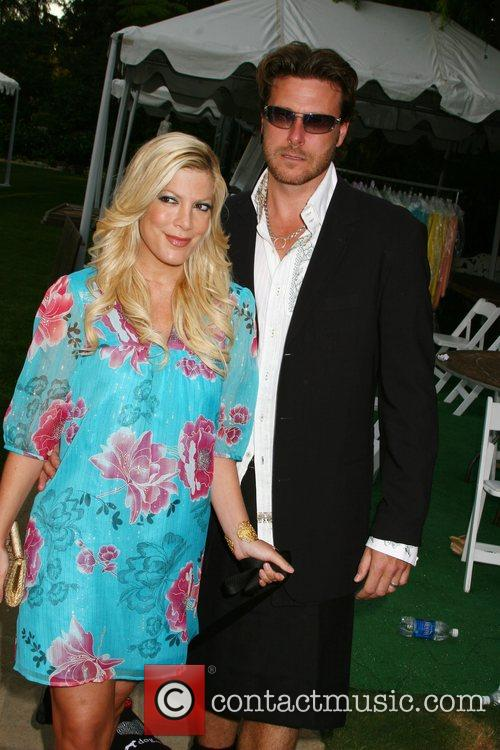 Tori Spelling and Dean McDermott Much Love's Bow...