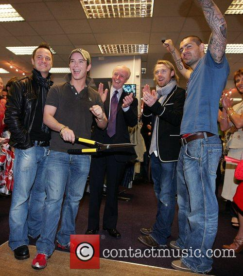 Mikey Graham, Keith Duffy, Ronan Keating and Shane Lynch 4