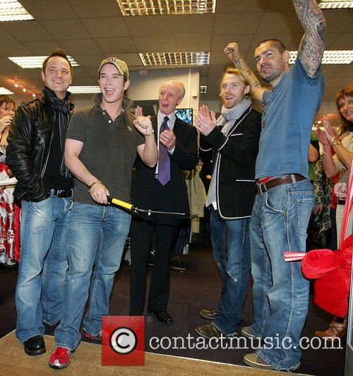 Mikey Graham, Keith Duffy, Ronan Keating and Shane Lynch 1