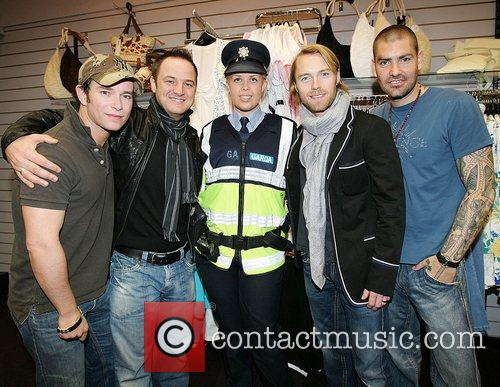 Stephen Gately, Keith Duffy, Ronan Keating and Shane Lynch 2