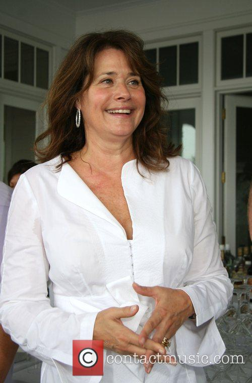 Lorraine Bracco 9