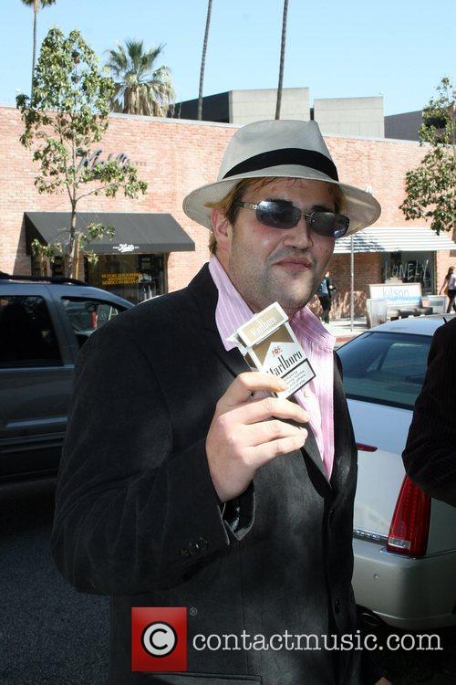 Brandon Davis outside The Ivy Los Angeles, California