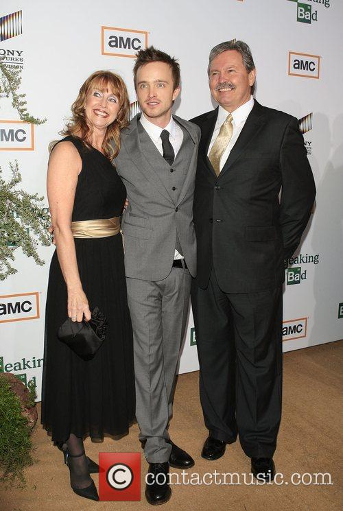 Aaron Paul with his parents Premiere of TV...