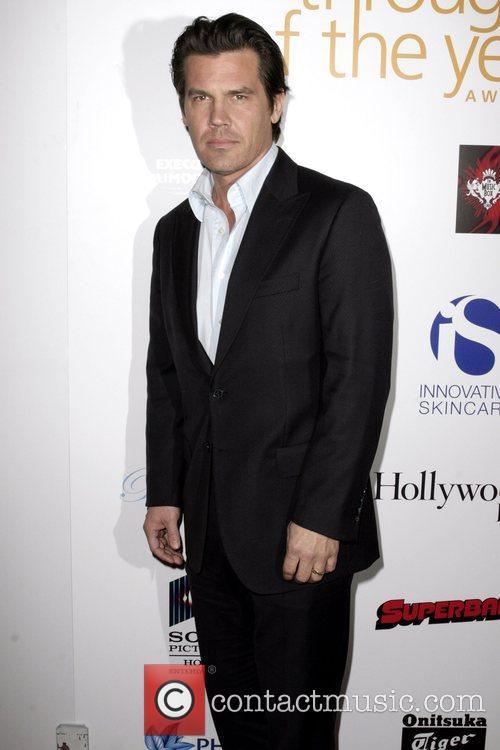 Josh Brolin Hollywood Life Magazine's 7th Annual Breakthrough...